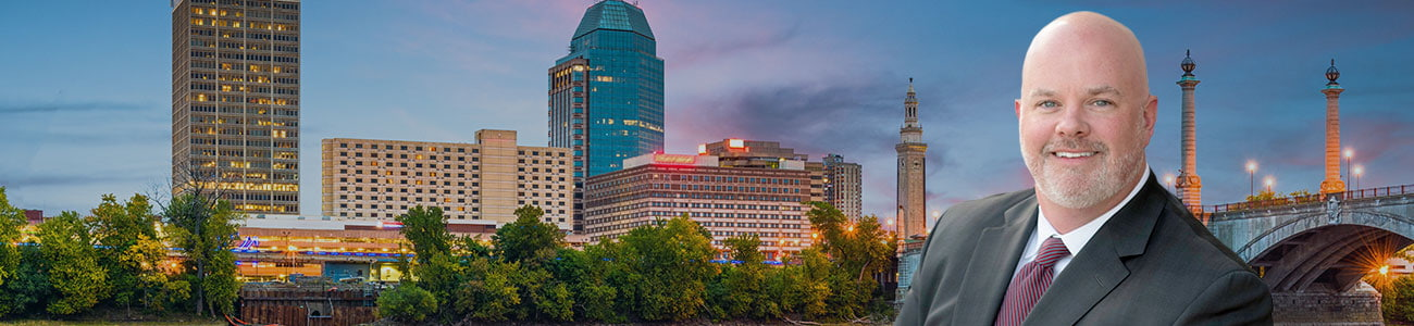 Springfield, Massachussetts, USA downtown skyline on the river
